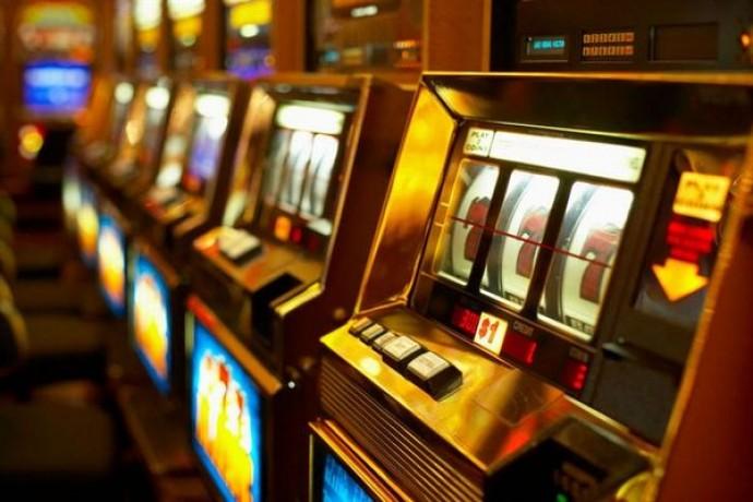Интернет зал игровых автоматов - игровые автоматы в интер покер игровой автомат играть онлайн